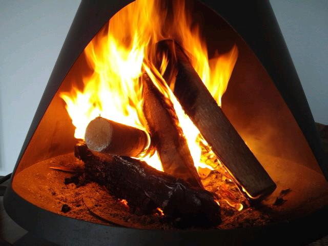 暖炉の炎〜